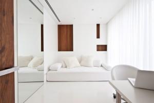 white-interior-14-1150x771